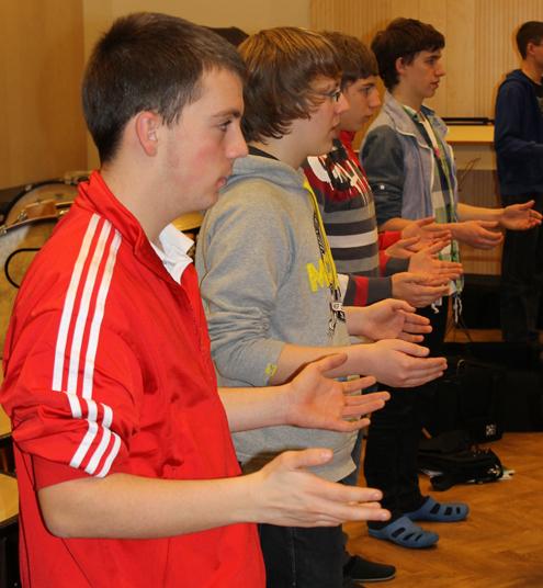 Die BDB-Musikmentoren bei der Einführung in die Orchesterleitung