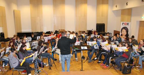 Die Musikmentoren im Orchestersaal der BDB-Musikakademie in Staufen