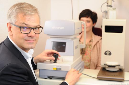 Optometrie Sehtetst bei Brillen Krille in Rostock